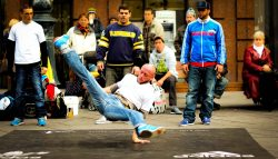 breakdancers2